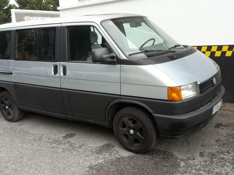 VW MULTIVAN 1