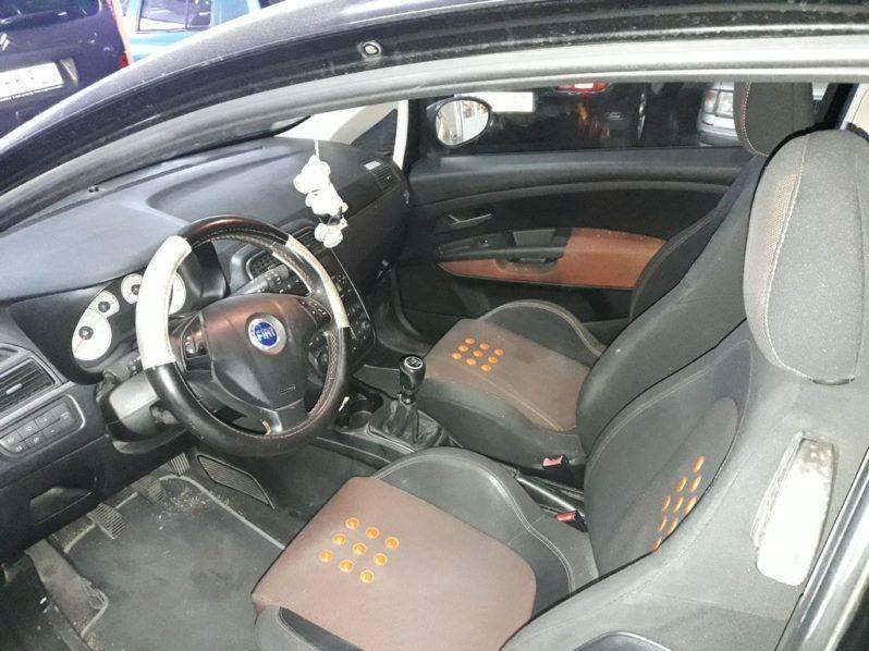 FIAT PUNTO 1.9JTD 131CV completo