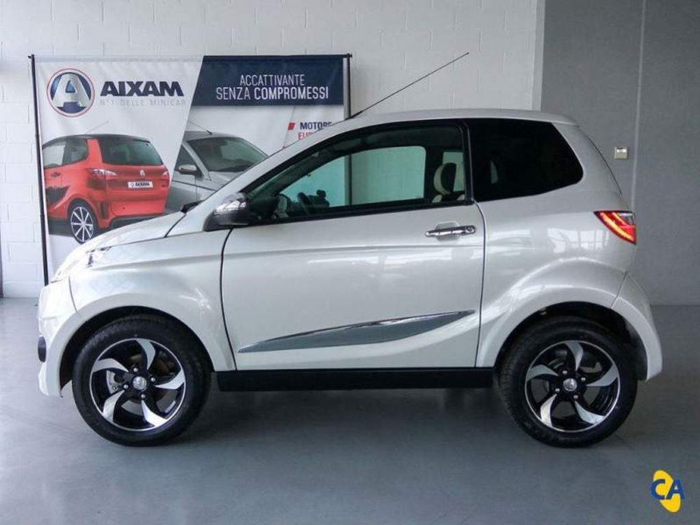 AIXAM CITY PREMIUM ABS MODEL 2019 lleno